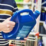 Jak prawidłowo czytać etykietę oleju silnikowego?